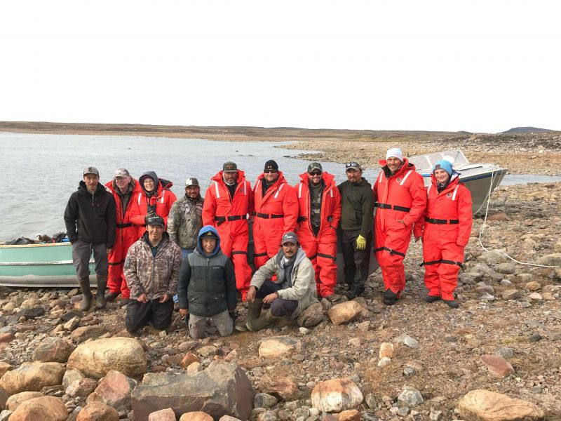 Scenic boat tour in Nunavut